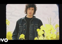 Julian Perretta & The Magician 'Tied Up'